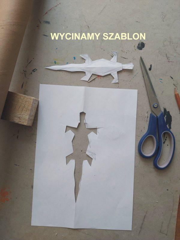 Wycięta jaszczurka z papieru